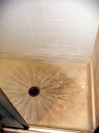 Bathtub Cleaning Tricks Best 25 Cleaning Shower Floor Ideas On Pinterest Cleaning