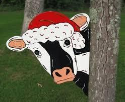 santa cow tree peeker yard decoration
