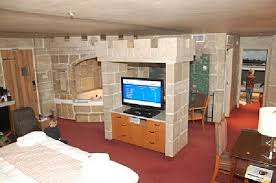 theme rooms castle theme room picture of canad inns destination centre fort