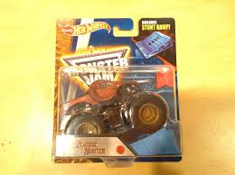 zombie monster jam truck julian u0027s wheels blog zombie hunter monster jam truck 2016