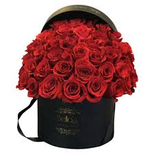 roses in a box 50 fresh cut roses delivered in a parisian black hat box nyc