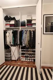 wardrobe organization tips to store clothes in a small wardrobe