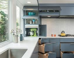 Midcentury Modern Kitchens - 30 corner drawers and storage solutions for the modern kitchen