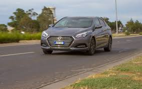 2015 hyundai i40 review practical motoring