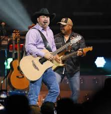 leave a light on garth brooks garth brooks tops forbes list of world s highest paid country music