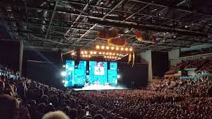 rod stewart maggie may liverpool echo arena youtube