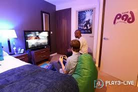 chambre de gamer ouvre un hôtel pour les fanas de jeux vidéos jvl