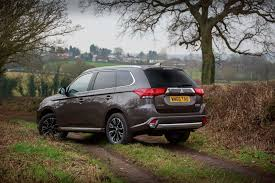 outlander mitsubishi 2017 living with mitsubishi u0027s 2017 outlander gx3h summary
