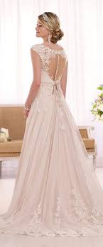 images of wedding gowns 36 refined wedding dresses with a buttoned back weddingomania