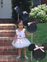 minnie mouse entrance yard decorations always a idea to