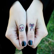 55 finger tattoos and design