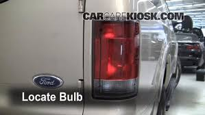 2002 ford excursion tail lights tail light change 2000 2005 ford excursion 2005 ford excursion
