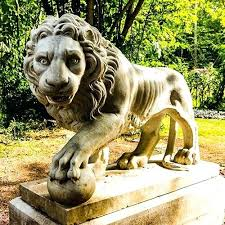 garden ornaments garden statues lions