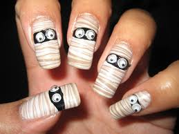 halloween mummy water marble diy nail art tutorial youtube