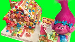 dreamworks trolls movie gingerbread house kit gummy poppy