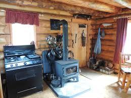remote cabin living six months ago justin met girlfriend tori