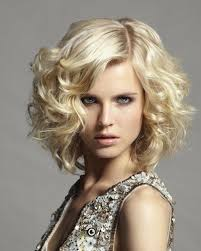 Bob Frisuren Locken Bilder by Bob Frisuren Gestufte Locken Trends Frisure