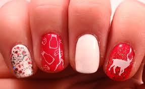 of bold diy christmas nail art with rhinestones 5