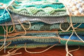 how to join crochet squares completely flat zipper method joining last dance on the beach squares it s all in a nutshell