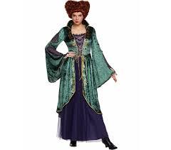 spirit halloween u0027s u0027hocus pocus u0027 collection is a spooky u002790s