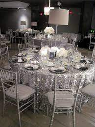 gorgeous silver and white wedding reception 32 silver and white