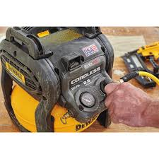 mechanical hub dewalt flexvolt compressor