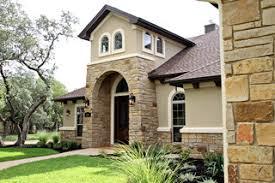 main exterior color of stucco