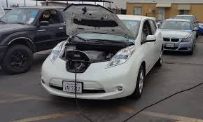 nissan leaf electric car price nissan leaf values falling fast industry content from wardsauto