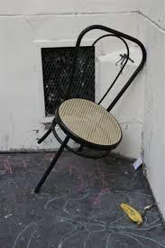 chaise cass e chaise cassée mafotofolie