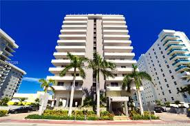 four winds condo surfside