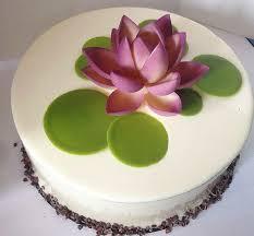 best 25 lotus cake ideas on pinterest biscoff cake lotus
