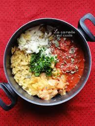 petit plat facile à cuisiner one pot pasta farfalles crémeuses au poulet et à la tomate pâtes