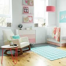 chambre enfant scandinave chambre bébé fille
