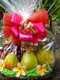 fruit gift baskets fruit basket colorful fruit gift baskets