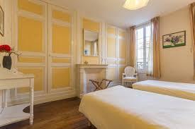 chambre 2 lits chambre avec 2 lits jumeaux maison de damville