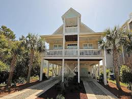 305 north carolina avenue carolina beach 28428 100008272