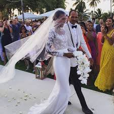 cbell wedding dress arlenis sosa reem acra wedding dress photos wedding dress