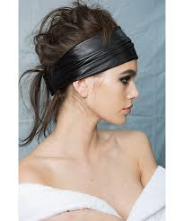 90s hair accessories nyfw claw clip headbands 90s hair accessories comeback buro