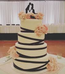 Wedding Cake Bakery Near Me Wedding Cake Bakeries In Grove City Oh The Knot