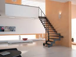 escalier design bois metal escalier quart tournant marche en bois structure en métal