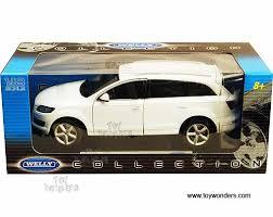audi suvs models audi q7 suv by welly 1 18 scale diecast model car wholesale 18032ww