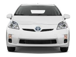 lexus hybrid or prius 2011 toyota prius reviews and rating motor trend