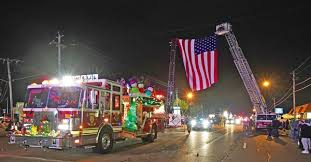 electric lights parade draws sizable crowd in year 13