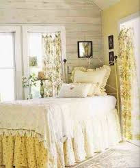 Shabby Chic Bed Skirts by 29 Best New Yellow U0026 White Shabby Chic Bedroom Images On Pinterest