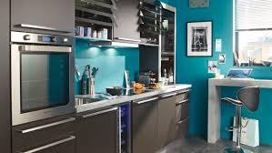 cuisine bois peint best mur de cuisine peint en bleu images amazing house design