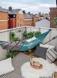 Decorating A Small Apartment Balcony by Best 25 Balcony Ideas On Pinterest Balcony Ideas Small Terrace