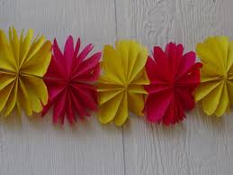 christmas decoration how to make paper flower streamer