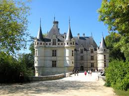 top 10 most beautiful châteaux of the loire valley french moments