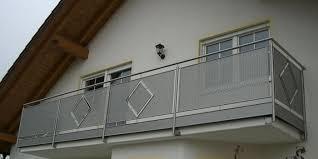 balkon lochblech edelstahl balkongeländer balkonbrüstungen und balkonsysteme sind