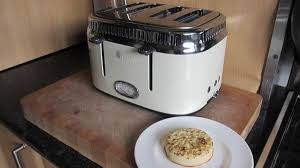 Cream 4 Slice Toaster Russell Hobbs Retro 4 Slice Toaster Review Trusted Reviews